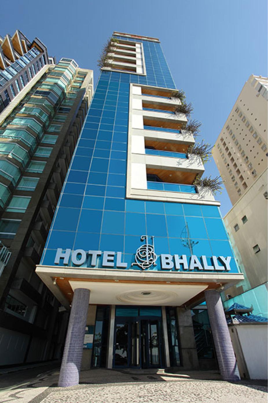 HOTEL BHALLY - Fachada
